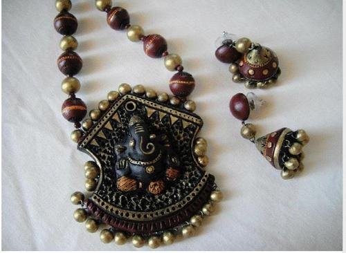 Terracotta Jewelry an Expression of Human Creativity Adopted ...